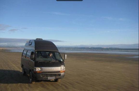 van_90_mile_beach_clean_web